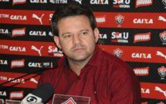 Técnico do Vitória comemora classificação no Brasileiro, mas critica arbitragem