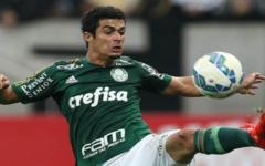 Lateral do Palmeiras pode ser emprestado ao Vitória em negociação