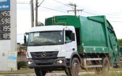 Denúncia: caminhões de coleta de lixo circulam sem placa em Camaçari