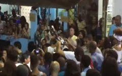 Veja vídeo: prefeito ACM Neto é vaiado na saída do Ilê na Liberdade