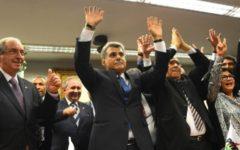 Partidos livram de punição acusados na Lava Jato