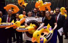 Câmara aprova projeto que regulamenta trabalho terceirizado